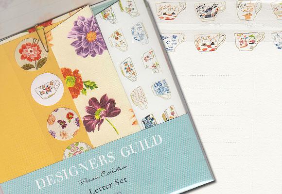 イエロー&パープルのお花のレターセット ~ デザイナーズギルド