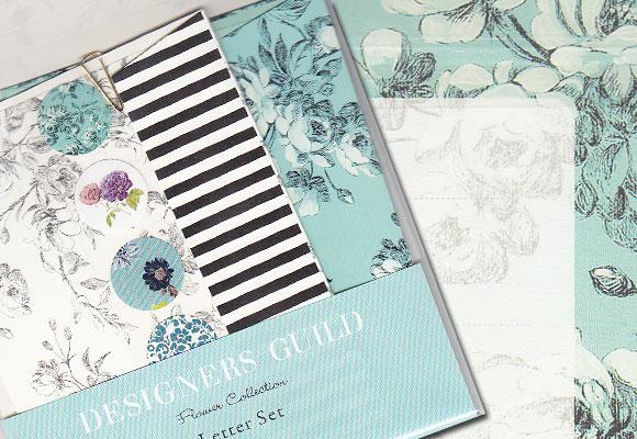 ホワイト&ブルーのお花のレターセット ~ デザイナーズギルド